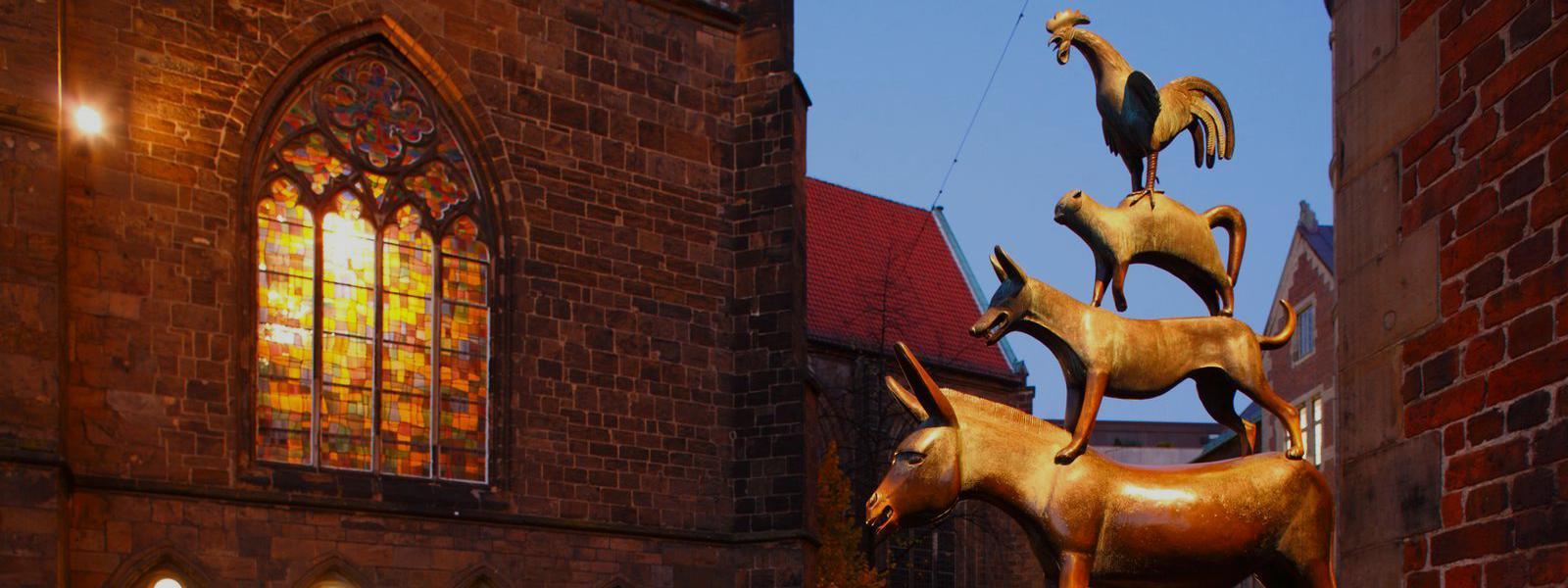 De ezel, de hond, de kat en de haan zijn het symbool van Bremen